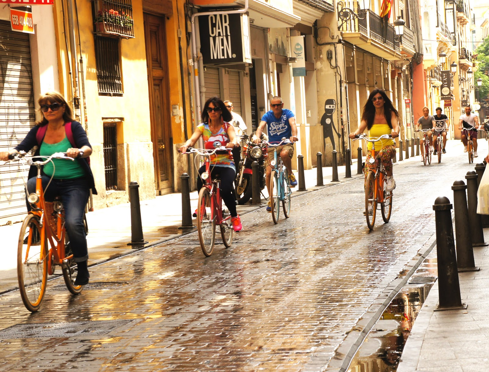 Biking in Valencia - Perfect Spain